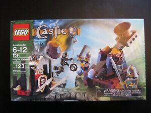 Lego Castle Knight's Catapult Defense 7091 - MISB