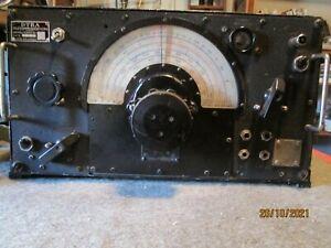 Radio militaire Marconi R 1155 WW II