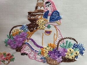 GORGEOUS VINTAGE LINEN HAND EMBROIDERED TRAY CLOTH~LOVELY LONDON FLOWER SELLER