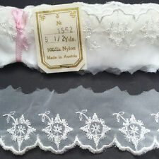 9.5 Yds Snowflake Flower Vintage White Trim MADE IN AUSTRIA 3.5cm wide