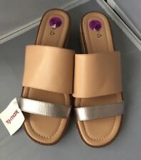 NWT KDB Women's Two Tone Slip-On Slide Sandals Size 8.5M