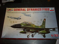 ESCI  GENERAL DYNAMICS F-16B   PLASTIC MODEL 1/72