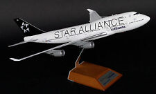 JC Wings 1:200 Lufthansa Boeing B747-400 'Star Alliance' D-ABTH (XX2409)