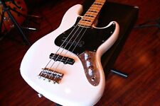 Squier VINTAGE MODIFIED JAZZ BASS ® '70S Olympic White