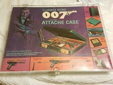 JAMES BOND 007 ATTACHE CASE ACRYLIC CASE STORE THE TOY IN WITH LOCK HING