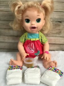 Baby Alive 2014 interactive doll (209)