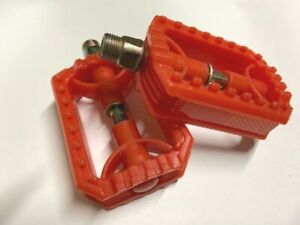 "New Red 9/16"" Bicycle Pedals Cruiser BMX  MTB Bikes"