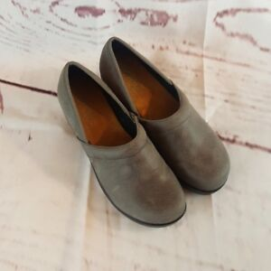 Axxiom Mules No size tag Gray Outer Nursing Professional