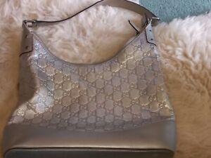 Gucci Authentic Silver  Leather Gucissima Shoulder Bag