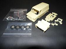 Scalextric 1/32 MK1 Ford Transit Van Resina ranura de coche Kit.
