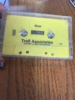 Troll Associates Moon Cassette Ships N 24h