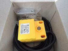 HONG YU ENTERPRISE PROXIMITY SENSOR SD-4020NA1 10-30VDC 20mm