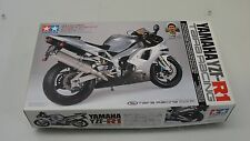 TAMIYA YAMAHA YZF-R1 TAIRA RACING MOTORCYCLE 1:12 SCALE MODEL KIT