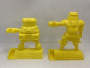 VINTAGE 1979 DISNEY BLACK HOLE  FIGURAL PENCIL HOLDER BLUE LOT OF 2 YELLOW
