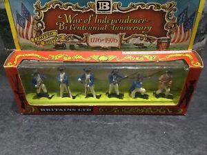 VINTAGE BRITAINS EYES RIGHT SWOPPET AWI AMERICAN INFANTRY IN ORIGINAL BOX . 5151