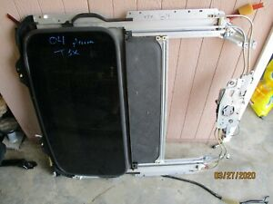 2004-2008 ACURA TSX Sunroof Assembly Motor Frame Glass Local Pick Up Only
