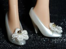 SHOES ~ BARBIE DOLL PEARL WHITE EMBROIDERED FLOWER GOLD ACCENT EMPRESS PUMPS