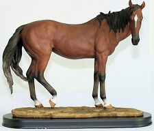 CHESTNUT TROPHY HORSE Standing FIGURINE STATUE REALISTIC 44CM LARGE ON STAND