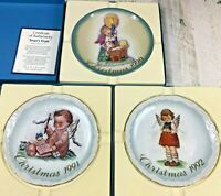 1990-1992 Christmas Plate Limited Edition Schmid Hummel Baby Jesus Manger Angels