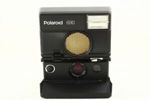 RARE ! Polaroid 690 SLR Point & Shoot Instant Film Camera Good
