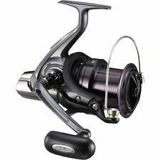 Daiwa 17 CROSSCAST 6000 Spininng Reel SURF CASTING from Japan New
