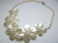 Hawaiian Jewelry Fresh Water Mother Pearl Shell Flower White Necklace # 20653-2