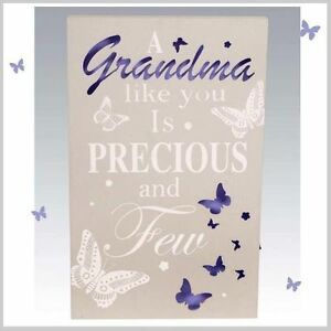 GRANDMA  WALL PLAQUE BUTTERFLY DESIGN WITH LED LIGHTS.