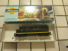 athearn Baltimore And Ohio powered engine Ho scale
