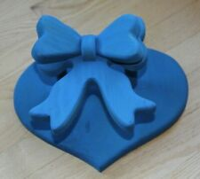 """Wooden Quilt Holder Heart Bow Wall Hanging 13"""" Decor Blue, can Paint Your Color"""