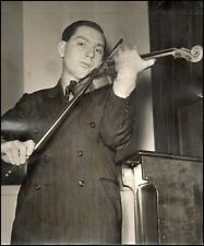 Isaac STERN (Violin): Original 1940 Photo
