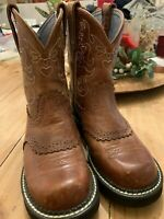 Womens Ariat Fat Baby Boots, Leather, Beautiful Stitching US size 6B -PRETTY!