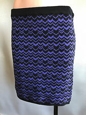 BNWT Ladies Sz L/14 Mix Brand Chevron Print Soft Stretch Knit Winter Mini Skirt