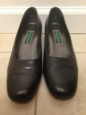 Cole Haan Round toe leather Pumps Womens 8 AA Narrow Italy