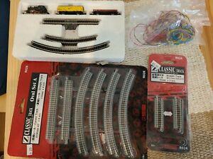 Marklin #8165 Z Scale Model Train Starter Set w/Transformer and Rokuhan track