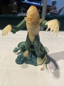 Vintage Aurora Creature from The Black Lagoon Glow in the Dark Model 1963
