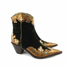 DONALD J PLINER Western Couture Green Velvet Ankle Cowboy Boots Womens Size 8