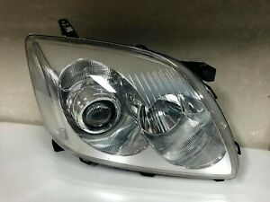 TOYOTA AVENSIS Genuine Right Front Light 2005