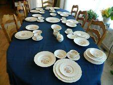 Royal Doulton Grantham Dinnerware Set for 8 w/6 Serving Pieces 4-5
