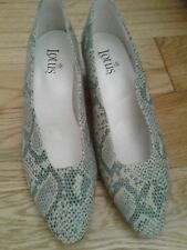 LOTUS BRAND NEW FLAT SHOES SIZE 7 GREEN FLECK COLOUR LOVELY SHOE
