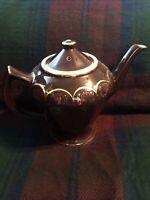 vintage hall tea pot 6 cup