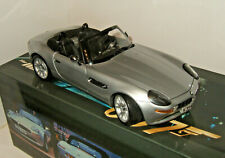 Kyosho 007 667 James Bonds BMW Z8 from The World is not Enough in 1:18 Scale
