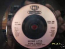 Monie Love - Born 2 breed     2 Versionen on 45´   rar