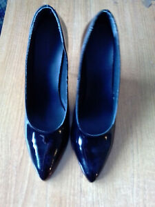 """STEPHANIE COLLECTION Women's 5"""" Black Patent Heels Court Shoes Size UK10 AMBIN"""
