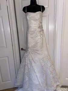 Sophia Tolli Vintage Ivory Beaded Wedding Princess Dress Size 10