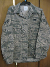 Nice USAF Military Coat/Shirt 12 R Rarer Smaller Size with Airforce Patches