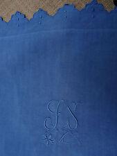 "taie d'oreiller ancienne en lin brodé, teinte en bleu ""GS"""
