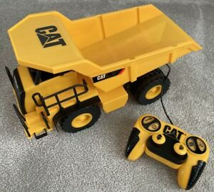 Vintage Caterpillar Remote Control Dump CAT Truck Toy - With Sounds!