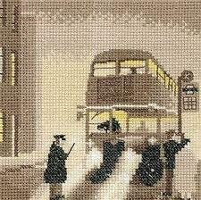 Heritage Crafts Counted Cross Stitch Kit - Silhouettes - Pea Souper  - 14 ct Aid