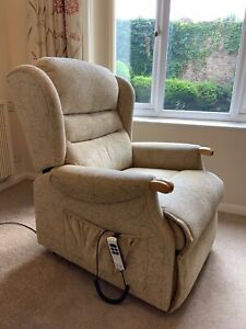 Sherborne Riser & Recliner Electric Chair