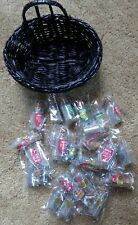 24 Mini Bottles Of Magical Reindeer Dust With Little Basket Brand New